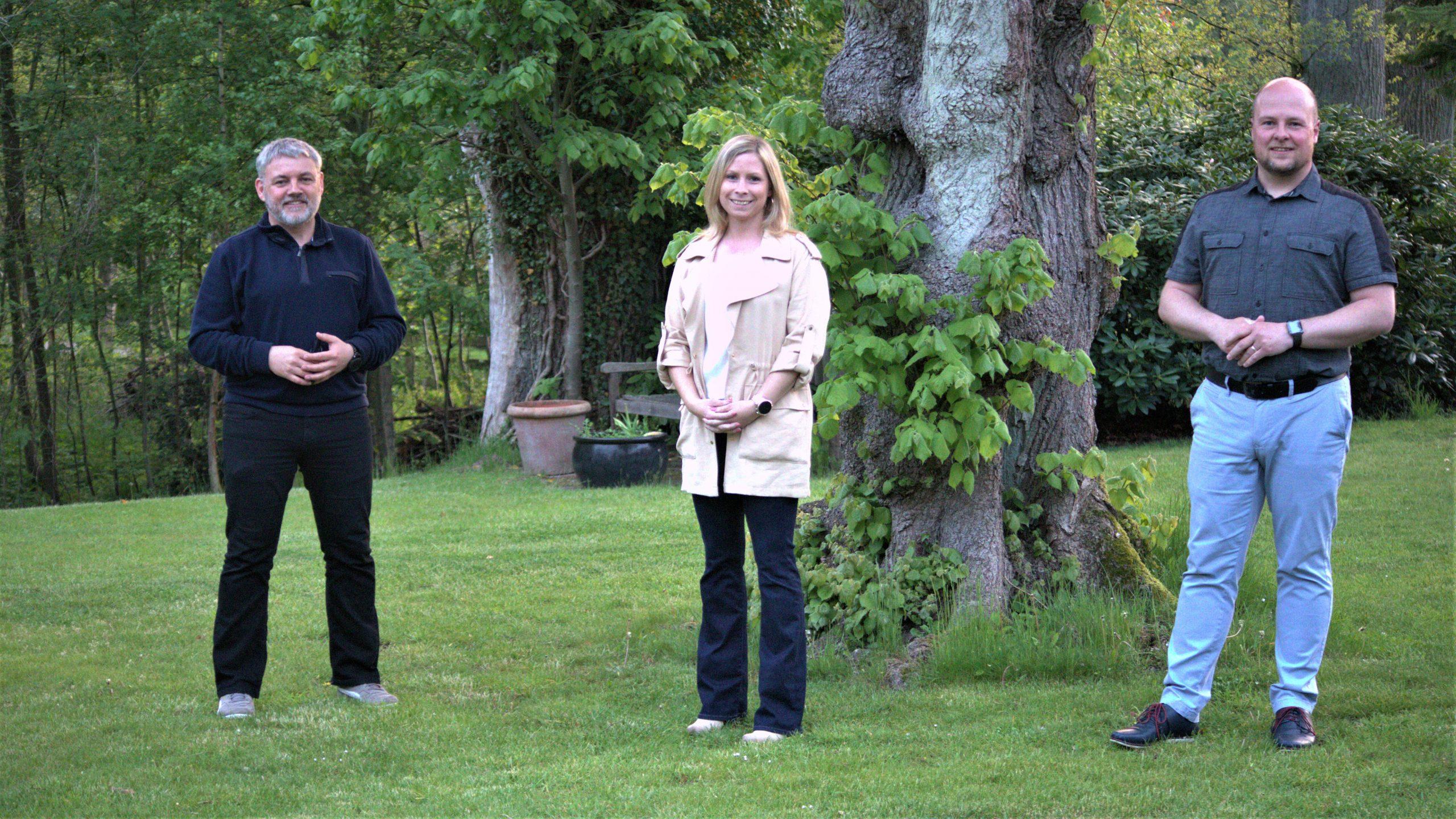 neuer Vorstand - Bild zeigt Vorsitzender Matthias Möncher (r.) und die stellv. Vorsitzenden Mareike Kling und Torsten Ahrens